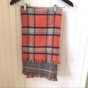 Reversible Plaid and Houndstooth Blanket Scarf